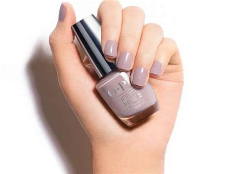 10 Best Light Pink Nail Polishes