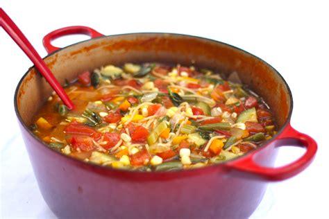 cuisiner les blancs de poulet minestrone à la mijoteuse miam cuisine