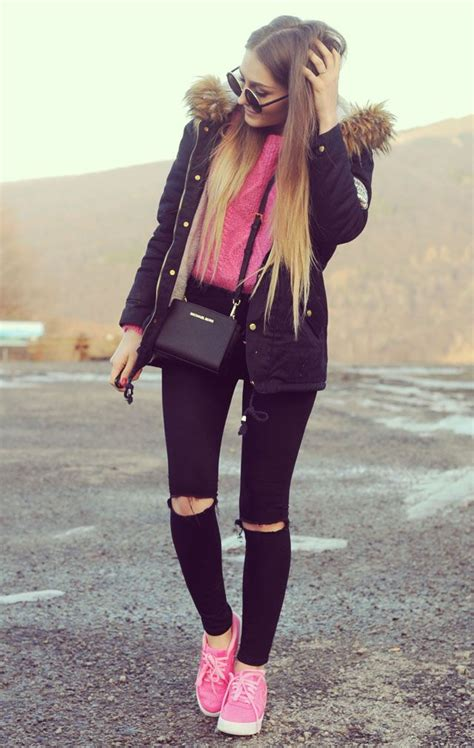 Best 25+ Pink sweater outfit ideas on Pinterest