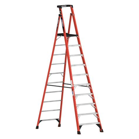 ladder review werner 16 ft reach fiberglass podium ladder with 300 lb load capacity type ia duty rating