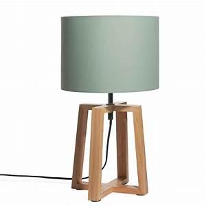 Lampe Mit Glasfuß : lampe mit gr nem lampenschirm hedmark maisons du monde ~ Indierocktalk.com Haus und Dekorationen
