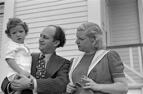 Larry Fine of the Three Stooges with his wife Mable and ...