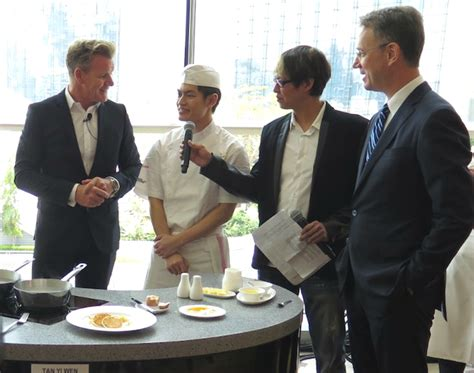 Gordon Ramsay To Challenge Singapore Hawkers In Culinary