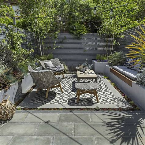 small house plans with courtyards best 25 small patio gardens ideas on patio