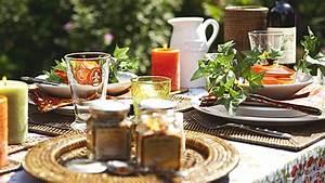 Einfache Herbstdeko Tisch : tischdeko f r den herbst aktuelle dekoideen f r ihren tisch ~ Markanthonyermac.com Haus und Dekorationen