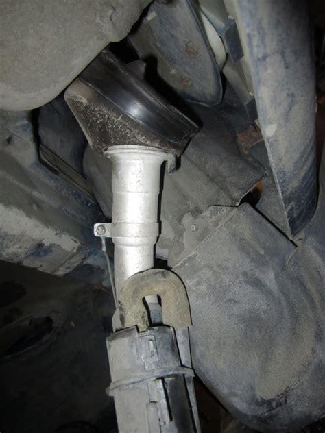 fuel tank   hold pressure