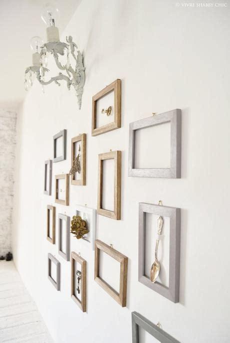 decorazioni cornici decorare una parete con le cornici paperblog