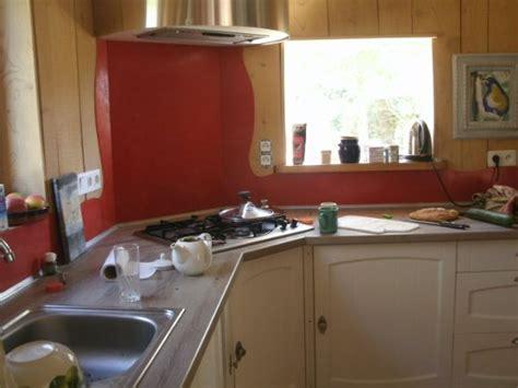 cuisine ecologique maison en paille en auto construction à vendre près de