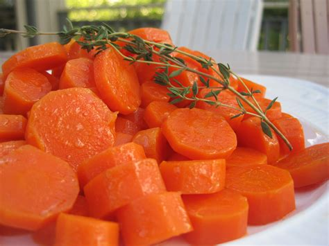 how to cook carrots carotte a l etuvee waterless cooked carrots karista s kitchen