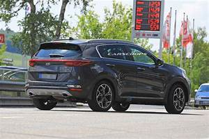 Kia Sportage 2019 : 2019 kia sportage facelift spied undisguised with minor styling changes carscoops ~ Medecine-chirurgie-esthetiques.com Avis de Voitures