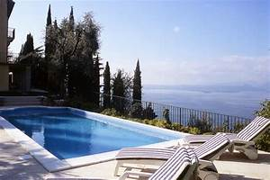 Haus Am Gardasee : villa keluma torri del benaco gardasee italien ~ Orissabook.com Haus und Dekorationen
