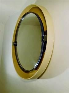 Miroir Avec Lumière Autour : miroir rond vintage avec lumiere 1970 ~ Melissatoandfro.com Idées de Décoration