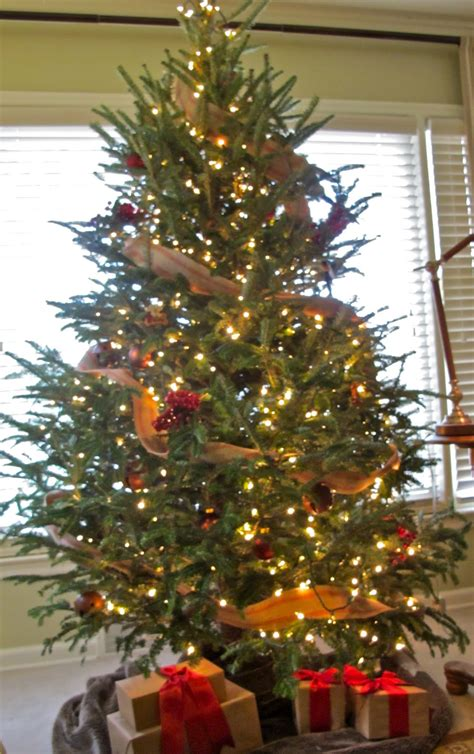 burlap themed christmas tree 40 awesome christmas tree decorations ideas with burlap decoration love