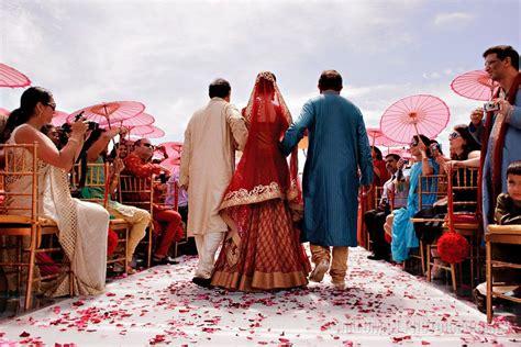 INDIAN WEDDING AT THE EDEN ROC MIAMI BEACH: POOJA + MITU