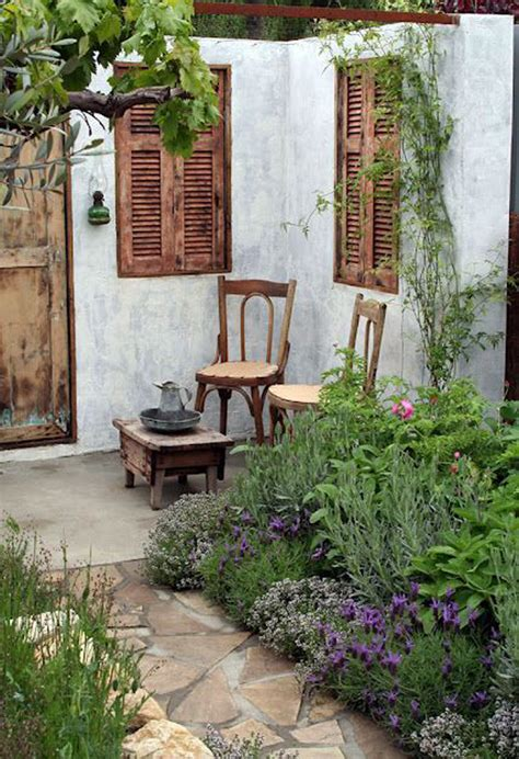 wonderful reading place   secret garden