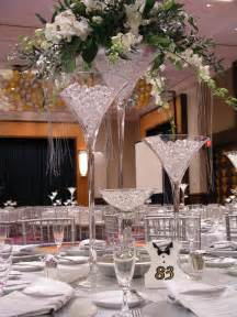 vase martini mariage martini glass centerpiece ideas martini glass wedding centerpieces martini glass floral