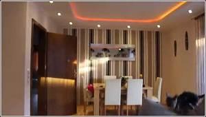 Beleuchtung Wohnzimmer Led : led beleuchtung wohnzimmer tipps wohnzimmer house und ~ Sanjose-hotels-ca.com Haus und Dekorationen