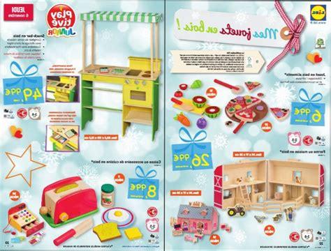 cuisine en bois jouet cuisine bois cuisine en bois jouet lidl