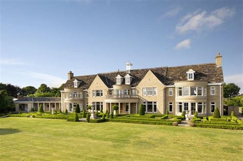 8 bedroom country house for sale in kirkburton