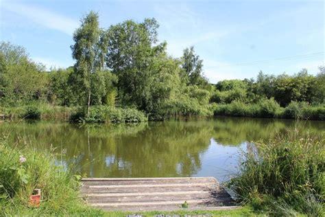 fishing lakes cofton holidays  glorious corner  devon