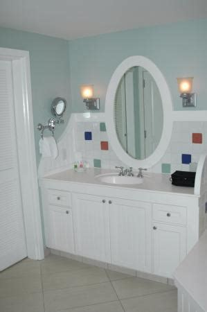 kitchen sink disney boardwalk bathroom pedestal sink picture of disney s boardwalk 5706
