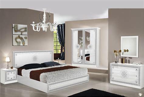 ensemble chambre coucher laque blanc et argent ensemble chambre a coucher