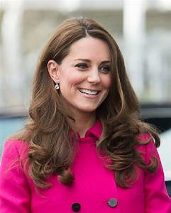 Kate Middleton: Parking restrictions at St Mary's Hospital ...