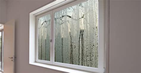 Condensation à L'intérieur Ou à L'extérieur Des Fenêtres