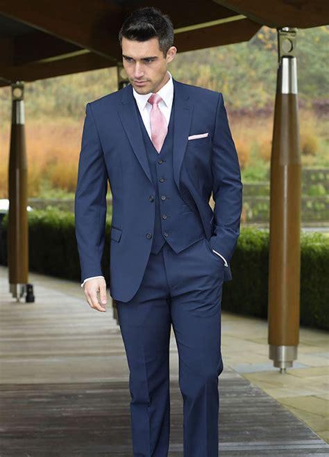 le costume bleu marine homme elegance  sobriete obsigen