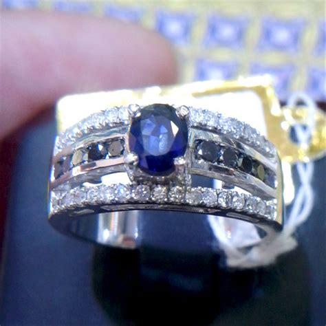 jual cincin berlian eropa blue safir srilanka 0106 berlian hitam ring emas putih cincin dan
