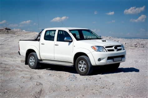 standard  toyota truck pricing based  year  model