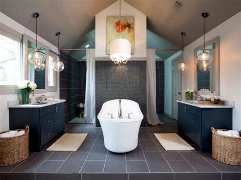 luxurious bathrooms  elegant chandelier lighting