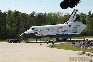 Space Shuttle Discovery - The Verge