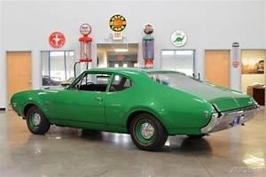 1969 Oldsmobile W