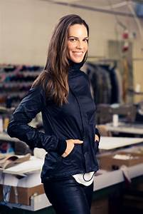 Hilary Swank Shares Her Packing Guide and Travel Habits ...