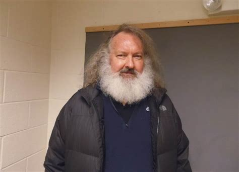 dennis quaid vermont randy quaid detained at border in vermont trying to enter