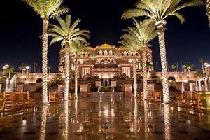 Emirates Palace - Hotel in Abu Dhabi - Thousand Wonders