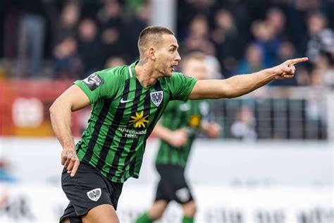 Der 18 jahre alte stürmer debütierte im frühjahr in der regionalliga und machte. Preußen Münster: Nach Führung absolute Spitze