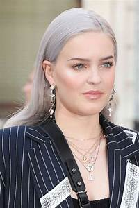Anne Marie39s Hairstyles Hair Colors Steal Her Style