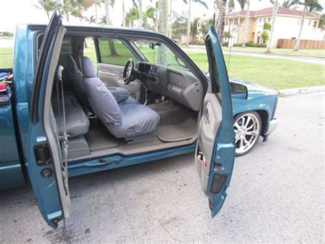 buy used 1997 gmc slt 5 7 vortec extended cab 3rd door lowered dropped bagged in