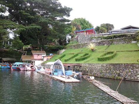 liburan lengkap  danau lido sukabumi