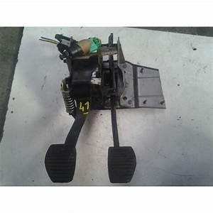 Embrayage C3 : p dale de frein et d 39 embrayage citro n c3 picasso active auto ~ Gottalentnigeria.com Avis de Voitures