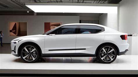 volvos  electric car    hatchback report