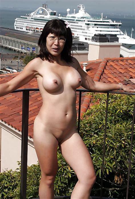 Asian Walking Around Naked In San Francisco Pics