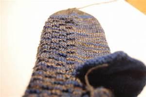 Socken Stricken Mit Muster : anleitung socken stricken aus wollresten mit bumerangferse ~ Frokenaadalensverden.com Haus und Dekorationen