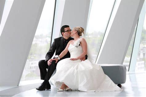 heiraten im mercedes benz museum hochzeitsfotograf