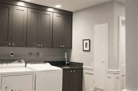 laundry room wainscoting design ideas