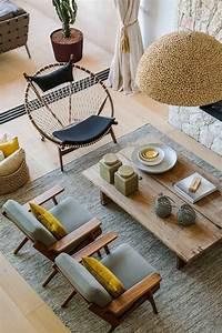 jaune moutarde salon des idees novatrices sur la With couleur mur salon tendance 18 la decoration avec un meuble aquarium archzine fr