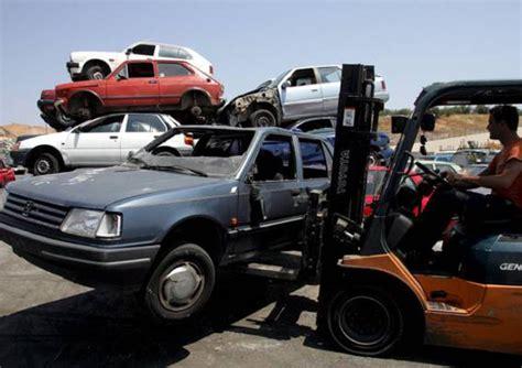 rottamazione auto costi e documenti necessari norme e istituzioni ansa it