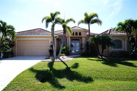 Vacation Rental Cape Coral With Boat by Blue Water Cape Coral Luxury Rentals Cape Coral Vacation
